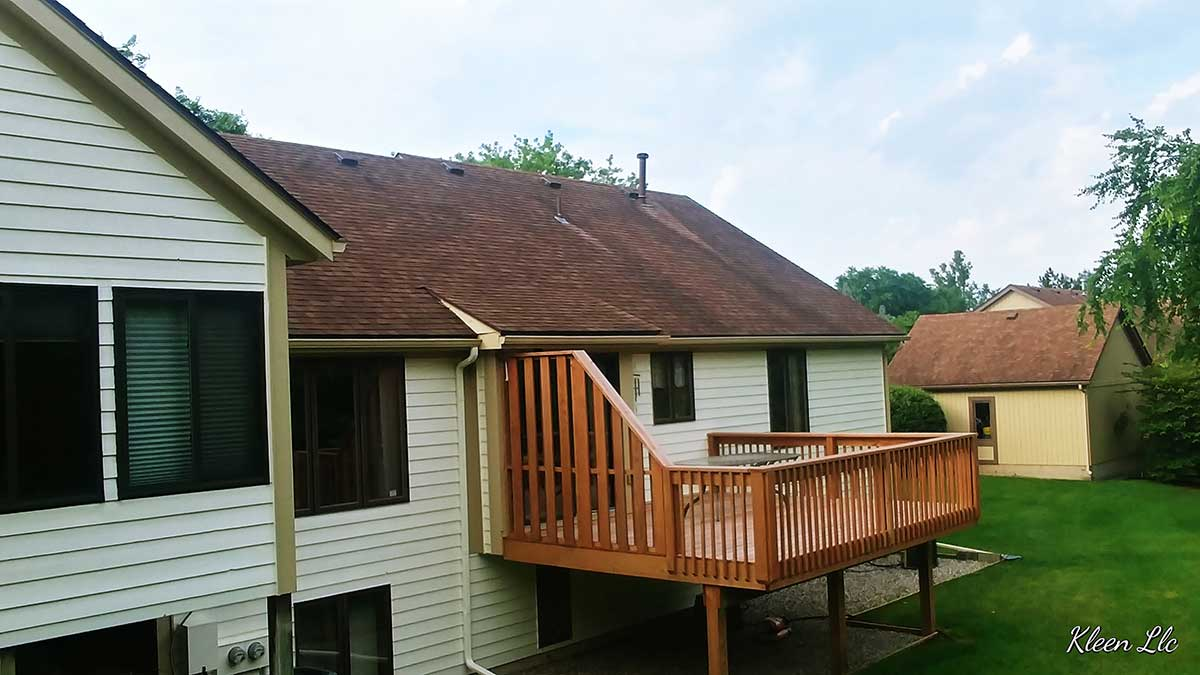 Kleen Roofs Llc Roof Cleaning Company Grand Rapids Mi